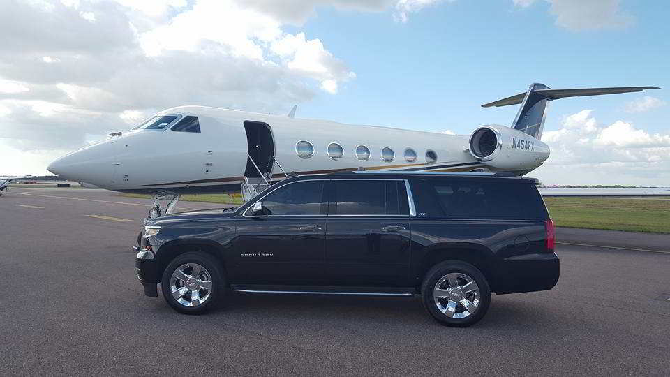 SUV Passenger Limo Rental Photo. SUV Airport Transportation St. Pete - Clearwater, FL Aitport. Limo pick up & Drop off Service